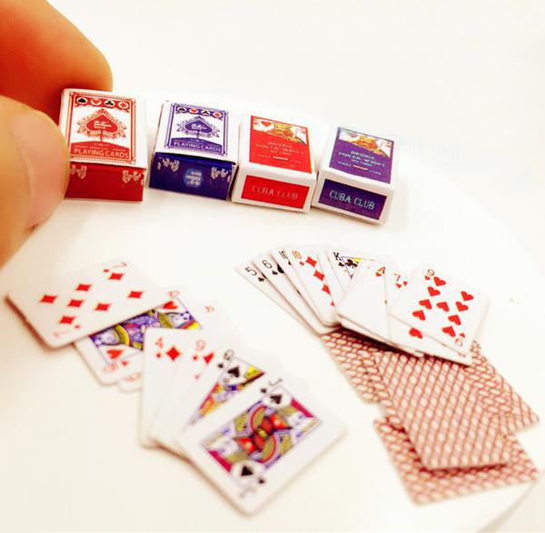 1-компл-мини-мило-1-12-кукольный-домик-миниатюры-покер-украшения-дома-покер-карты-игра-для