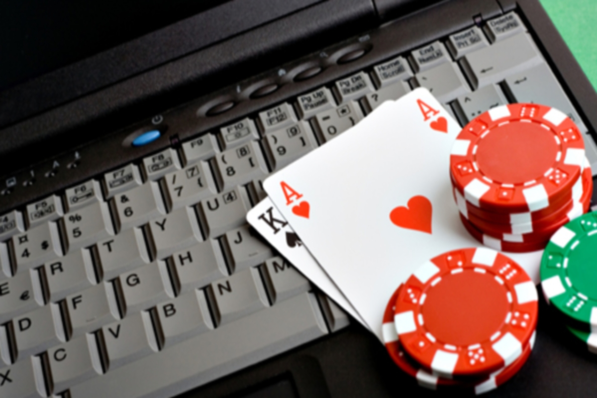 покер на Яндекс деньги