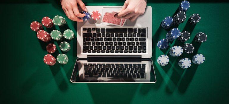 computer-poker-770x350